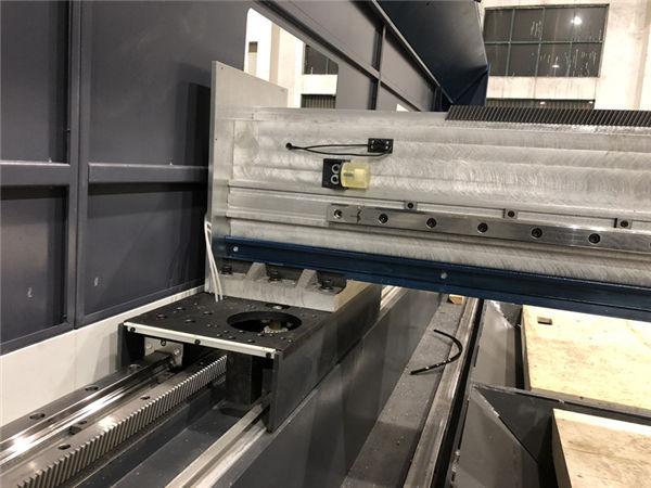 fonte maxphotonics della tagliatrice del laser della fibra metallica di tipo aperto per le parti automobilistiche
