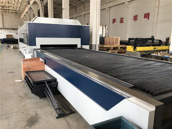 macchina da taglio laser a fibra 3000mm × 1500mm