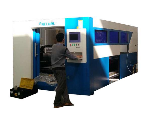 Tagliatrice laser a fibra ottica da 2kw regolabile per tubo metallico